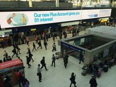 @Thomas Scott Brown  looking great on the @JCDecaux Waterloo Motion @MGOMD @TalonOOH pic.twitter.com/PGeFF9hPnv