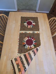 Little Blog in the Big Woods: Dresden Star Fall Table Runner.....One year in the making!!
