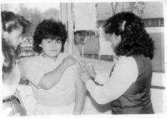 VIDA ACADÉMICA Campaña de vacunación, años ochenta. Facultad de Estudios Superiores Cuautitlán, UNAM