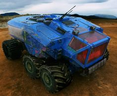 ATV Transporter by Jeremy Thurman --- Collaboration project with Steve Burg. Rendered in Keyshot then painted over in Photoshop. Future Trucks, Future Car, Concept Ships, Concept Cars, Futuristic Cars, Science Fiction Art, Space Engineers, Armored Vehicles, War Machine