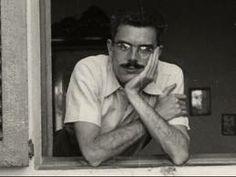A finals dels anys 50 inicià la seva tasca poetica, que alternà amb la crítica literària i artística.