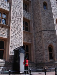 Tower of London, Guard (L.A. Cecil)