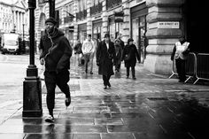 https://flic.kr/p/D4ADvE | Running Late | London. 14.01.2016 Leica MM 246; APO Summicron-M 50mm 1/180sec; f/4; iso320