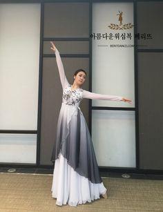 Berit worship dancewear ♡ 아름다운 워십복 베리뜨 ♡ 워십의상 칸타타드레스 worshipdress