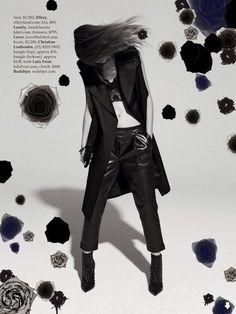 """Lost in Music"": Rijntje van Wijk in Resort 2014 by Mark Pillai for Elle Australia December 2013"