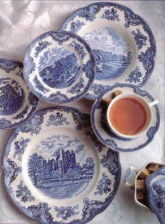 Spode: Old British Castles, Blue