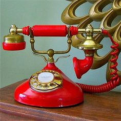 Vintage LIPSTICK RED phone by jollytimeone on Etsy