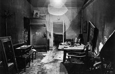 Führerbunker 1rst photo of Hitler's bunker after captured by the allied soldiers