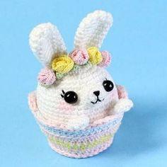 Mesmerizing Crochet an Amigurumi Rabbit Ideas. Lovely Crochet an Amigurumi Rabbit Ideas. Kawaii Crochet, Crochet Food, Crochet Bunny, Cute Crochet, Easter Crochet Patterns, Crochet Patterns Amigurumi, Amigurumi Doll, Crochet Dolls, Crochet Keychain
