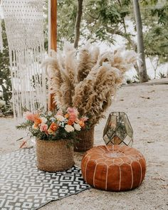 🌾#bohowedding #beachwedding #beachweddingideas #costricaweddings #weddingplanner #costaricaweddingplanner  Vendors:  @rawshoots @eventosartesanos @artflowercr