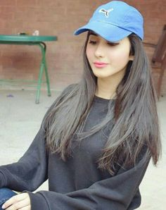 83c061c68 97 Best HATS LOVER images in 2019 | Aiman khan, Cute girls, Photo poses