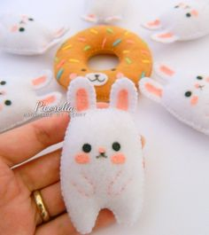 Hey, I found this really awesome Etsy listing at https://www.etsy.com/uk/listing/490150234/a-set-of-felt-bunny-party-favor-felt