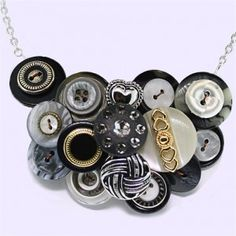 pretty buttons - could use this for inspiration for a necklace or brooch