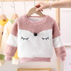 Winter Baby Clothes, Baby Winter, Blogger Moda, Pregnancy Stages, Baby Princess, Kids Pajamas, Baby Dress, Baby Kids, Kids Outfits