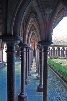 remember walking there. even though it is a long time ago. Mt St Michel, Mont Saint Michel France, Region Normandie, Region Bretagne, Gothic Garden, Normandy France, Chapelle, Gothic Architecture, Paris