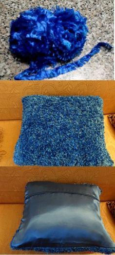 Cuscino lavorato a maglia con ciniglia