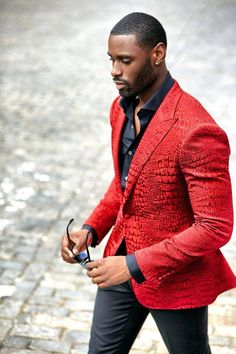 http://www.shorthaircutsforblackwomen.com/african-dresses Red Jacket...like despite red!...not usually my fave on a man