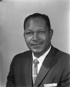 Portrait of Councilman Tom Bradley. Photo by Charles Williams.
