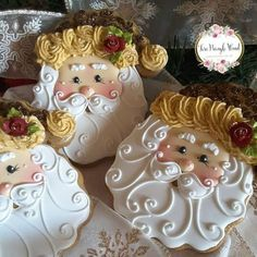 Solve Santa cookies jigsaw puzzle online with 256 pieces Cookies Cupcake, Santa Cookies, Christmas Sugar Cookies, Iced Cookies, Christmas Sweets, Cute Cookies, Christmas Cooking, Noel Christmas, Christmas Goodies