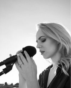 Madilyn bailey My Singing, Book Posters, Music Artists, Youtubers, Singers, People, Strength, Channel, Wallpapers