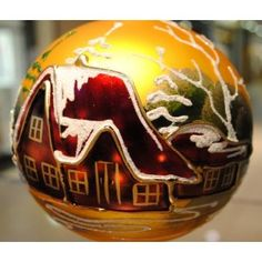 Lovely hand painted cottage ornament. Love it !!