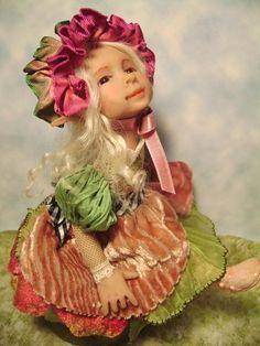 A flower Pixie by poppenmoon