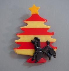 Vintage Bakelite Christmas Tree w/ Poodle Pin