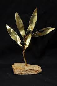 Αποτέλεσμα εικόνας για κατασκευες με φυλλα χαλκου Hand Painted Rocks, Diy And Crafts, Christmas Crafts, Stones, Ideas, Rocks, Thoughts, Rock