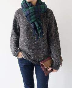 scarf. remain simple.