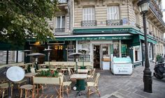 Le Flore en l'Ile - My first day in Paris brought us here after enjoying a part of the mass at the Notre Dame. I had the millefueilles which was very nice, however hard to actually eat with it's many layers and creme.