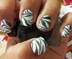 Water Marble Zebra Nails