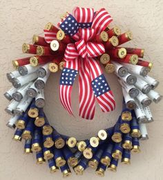 Shotgun Shell Wreath w 12 Gauge Patriotic Red White Blue Shotgun Shells Ammo Crafts, Bullet Crafts, Diy And Crafts, Arts And Crafts, Shotgun Shell Wreath, Shotgun Shell Crafts, Shotgun Shells, Wreath Crafts, Diy Wreath