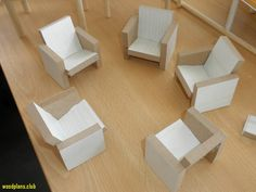 doll furniture How to make simple chunky dollhouse furniture from squares of thick balsa Source: Barbie Doll House, Barbie Dream House, Barbie Dolls, Ag Dolls, Barbie Clothes, Girl Dolls, Miniature Furniture, Dollhouse Furniture, Furniture Plans