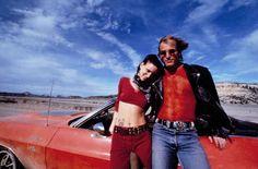 Asesinos por naturaleza (1994) | 21 películas clásicas que todas las adolescentes necesitan ver