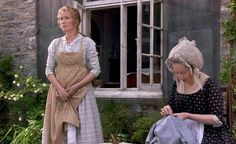 "Regency Apron from ""Sense & Sensibility"" with Emma Thompson. Jane Austen Movies, Little Dorrit, Pinafore Apron, Emma Thompson, Regency Era, Pride And Prejudice, Period Dramas, Dresscode, Two Piece Skirt Set"