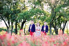 LOVE.  #Red # Indian Paintbrushes #ChildrenInWildflowers #CoordinatedOutfits  Dorean Pope Photography Austin Photographer www.doreanpope.com
