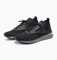 d559048862e caliroots.com Zoku Runner ULTK IS Reebok BD4178 303581 Black Sneakers