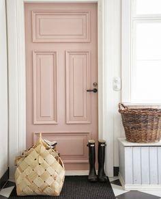 S'inspirer avec Selency :  entrez dans cet appartement pastel