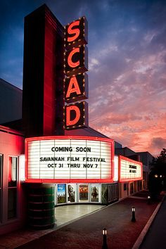 Trustees Theater by SCAD - Author Sue Monk Kidd event here last night Terrific! Later dinner at Billy's Place.  Great food.  Will be back.