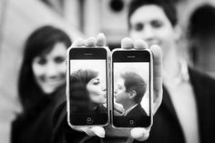 Geeky iPhone love. Cute idea for an engagement photo.