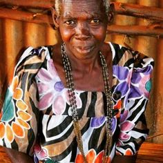 Meet our Jinja designer Nyandila Magriet! Margriet (60) was born in the Masindi district in Uganda and moved to Jinja as a child. Margriet is living in one of the poorest areas in Jinja called Danida village; she speaks Lusoga Luganda Swahili and Nyuro. Margriet is a smart lady and went to school up to primary 4 but because of poverty her parents could not afford to send her to school longer. Margriet is a widow and has 6 children and 12 grandchildren who all went/go to school. Education is…