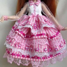 Monster High Clothes, Monster High Dolls, Monster Pictures, Doll Clothes, Photo And Video, Floral, Skirts, Instagram, Videos