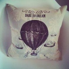 BALON (DARE TO DREAM)  Odważ się marzyć!  poduszka dekoracyjna kwadratowa (38x38cm),  poszewka: 100% bawełna organiczna certfikowana GOTS, wypełnienie z włókna Ingeo™, zapinana na 2 drewniane guziki, nadruk tuszem wodnym z certyfikatem Oeko-Tex® Standard 100  …………………………………………………………  AIR BALLOON (DARE TO DREAM)  a decorative square pillow: size 38x38cm,  a pillowcase: 100& organic cotton with the GOTS certificate, filling: 100% Ingeo™ fiber , done up with 2 wooden buttons, printed with…