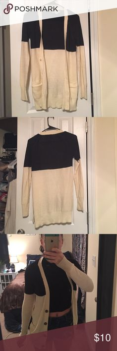 Block Color Cardigan Has been worn a good amount but still in good condition, has a small, faint light pink stain on the inside of the right sleeve, it can probably be removed I just haven't tried yet Sweaters Cardigans