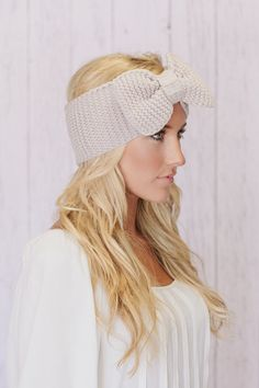 such a cute winter headband!