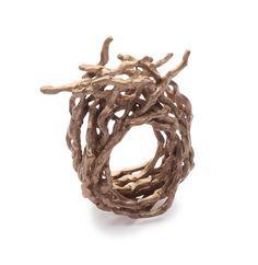 Iris-Bodemer.de | Schmuck & Jewelry Archaisch: aus Holz.