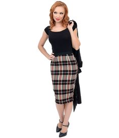 1950s pencil skirt - Black, Beige & Red High Waisted Plaid Pencil Skirt