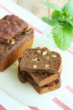High Protein Banana Rye Bread with Applesauce and Peanuts