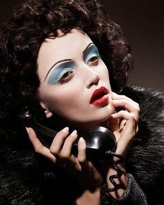 Blue Noir Makeup » Eyeshadow Lipstick