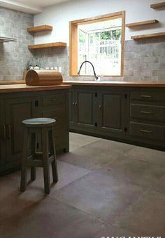 Tile-LE CRETE 10x30, HERITAGE 60x60 #tile #tiles #sangahtile #natural #kitchen #island table #wall #floor #design #vintage #interior #상아타일 #주방 #싱크대 #아일랜드식탁 #힐링하우스 #타일 #수입타일